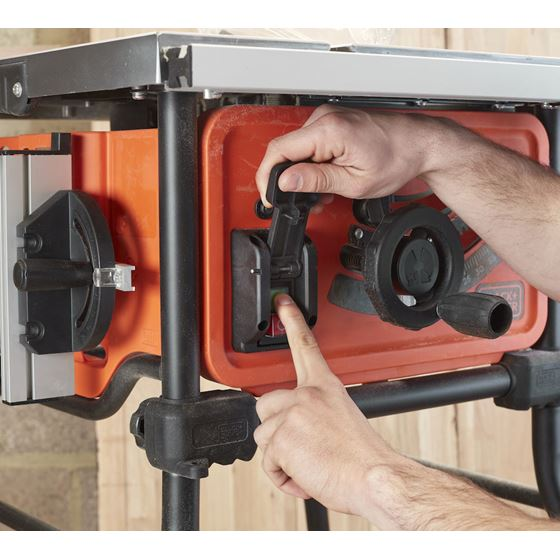 Black+Decker bordsag BES720-QS1800W 250 mm